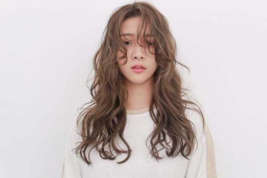 台中染髮推薦這間,漂亮的髮型讓氣質與質感都提升了!不管是染髮或燙髮技術都超級優秀!