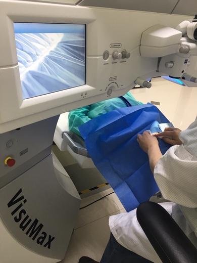 台中【近視雷射】費用、手術介紹|專業眼科權威嚴謹把關,比七次元近視雷射更先進的手術推薦》雷射近視一點都不可怕~