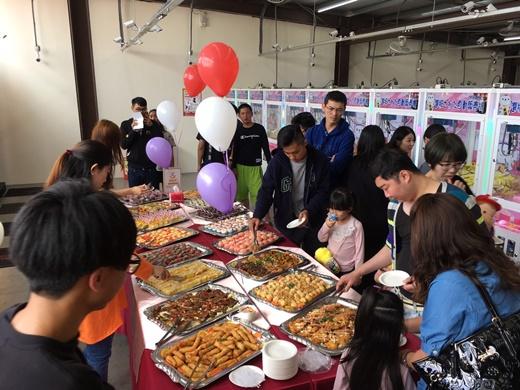 【台中歐式自助餐】buffet+派對點心-精緻外燴大家都找這一家耶◆最近參加好幾場台中開幕酒會,出現頻率最高的是這個外燴專家~分享好吃buffet料理